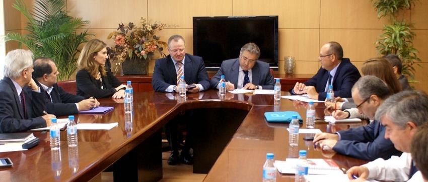 Mesa del Tercer Sector de Andalucía con Ignacio Zoido