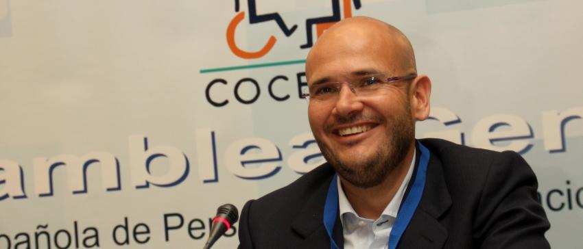 Anxo Queiruga en la Asamblea General Ordinaria y Extraordinaria de COCEMFE.